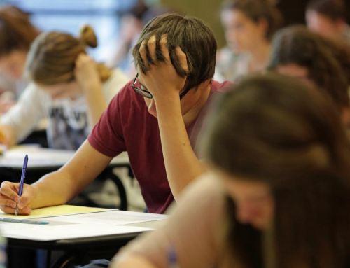 Éducation : un adolescent sur trois serait proche du burn out ⎜France 2